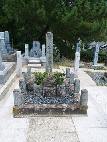 出雲阿国の墓